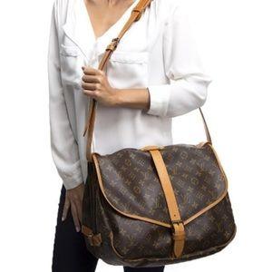 Auth Louis Vuitton Saumur 35 Crossbody Bag